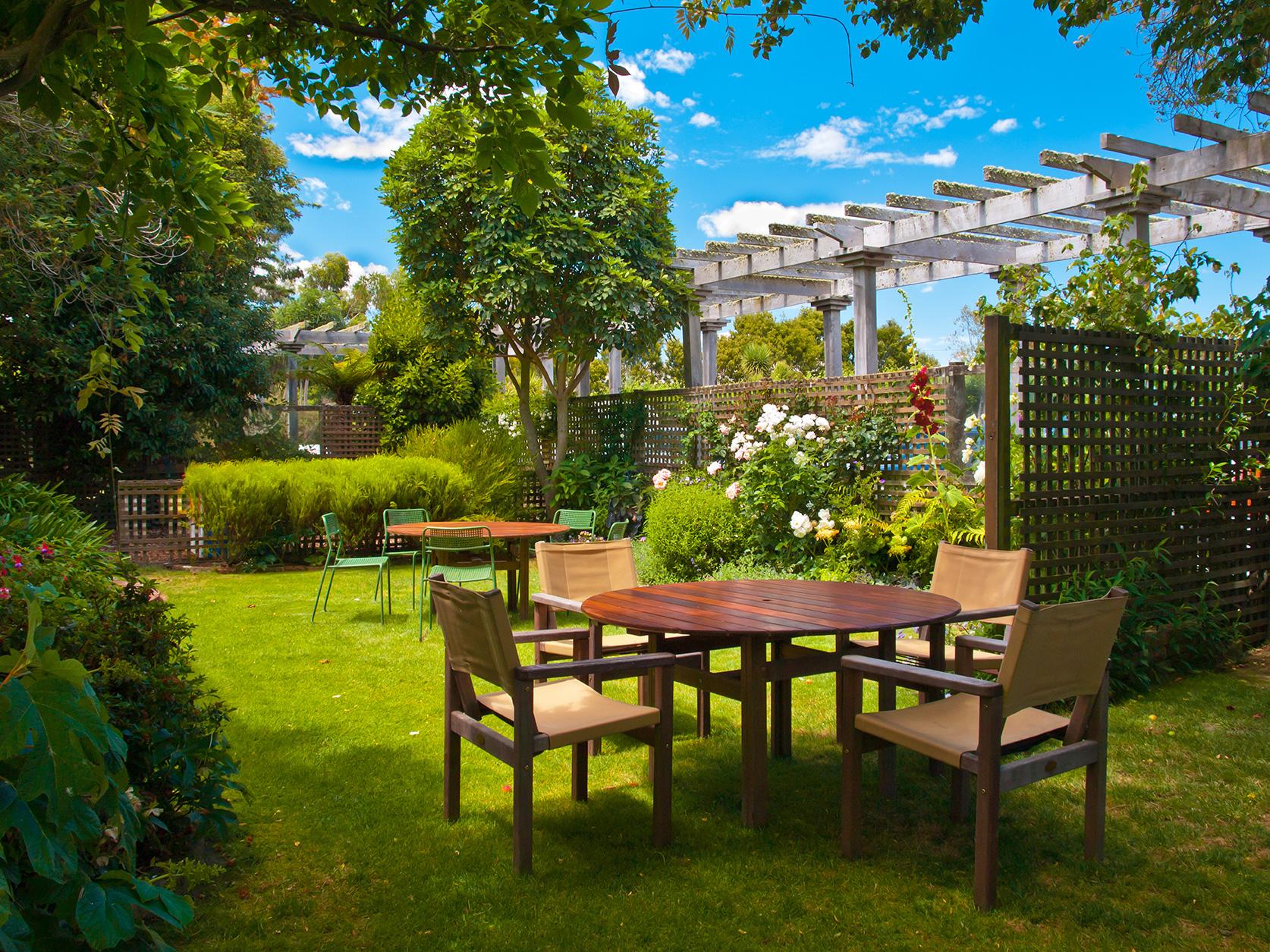 designers managers plantique landscaping