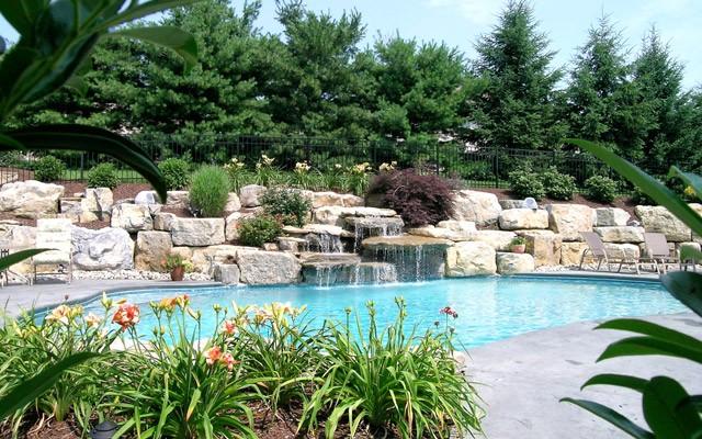 Pools, Spas, Ponds & Waterfalls